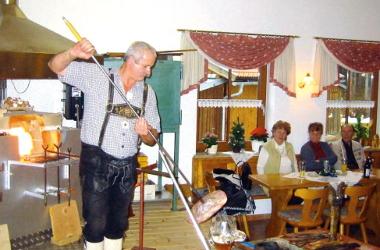Rotwaldglashütte Zwiesel / Glasfertigung am Glashüttenabend